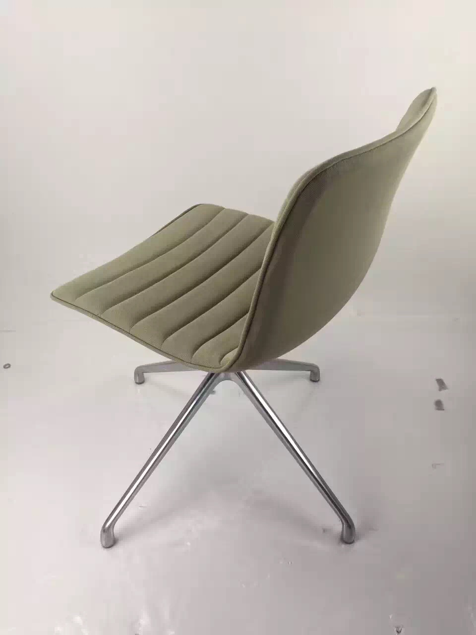 Hot Sale Elegant Beige Leather Office Chair,meeting chair,reception office chair without castor
