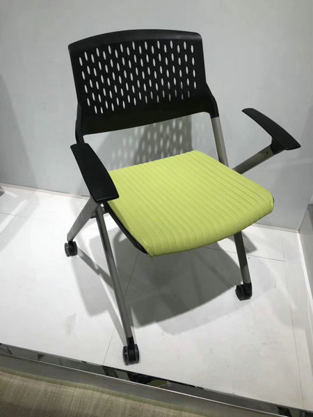 Triumph colorful easy move save space folding stacking office seating chairs /office training chair / office meeting
